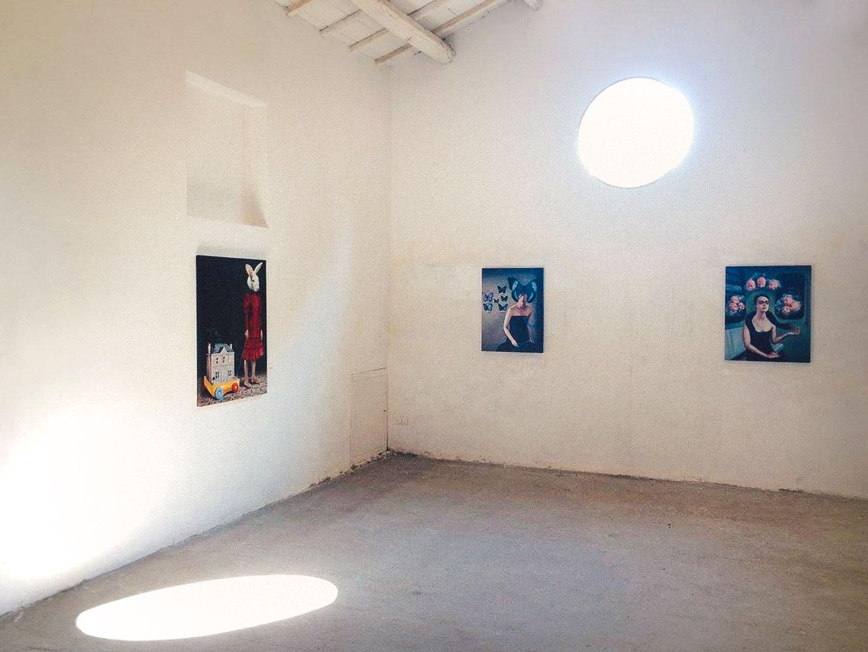 Loredana Catania, Welcome Home ed altre opere. Foto: Giancarlo Lamonaca