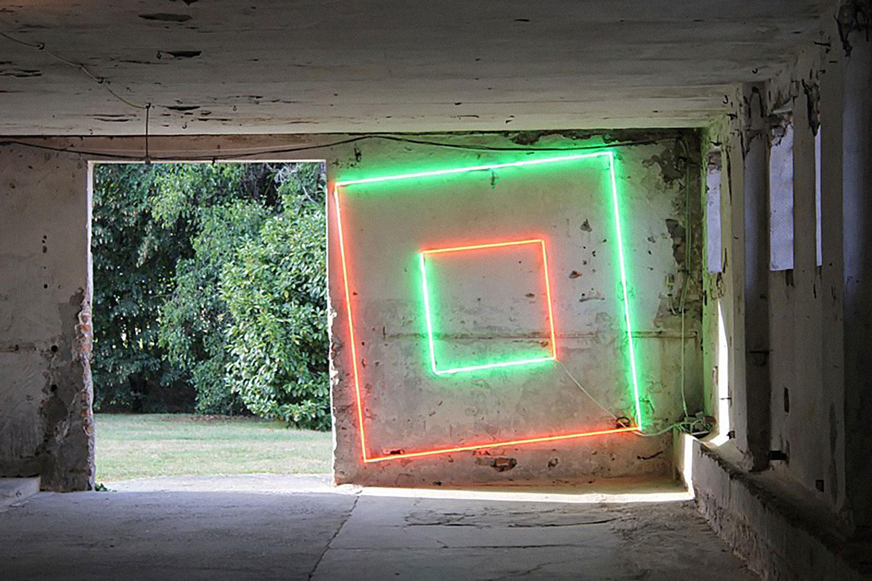 Manuela Bedeschi, Verde è il colore dei prati e un filo d'erba